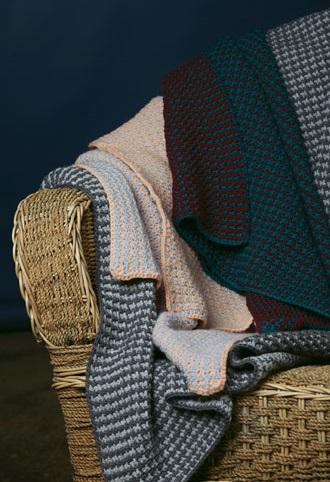 PT8446 - Crochet Blanket - 8 Ply